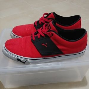 Red and black pumas